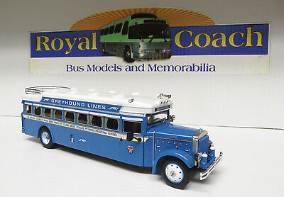 "Greyhound Lines 1931 ""Mack BK"" 7-1/2"" 1:50 Scale Diecast Bus"