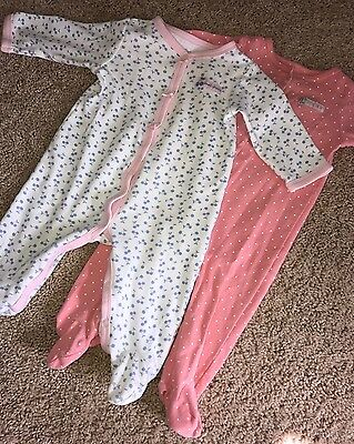 Lot Of 2 Baby Girl Footed Pajamas Sleepers 6-9 Months Carters
