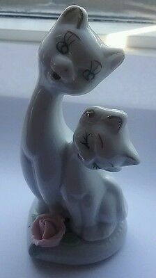 Cute vintage  porcelain figurine of two cats