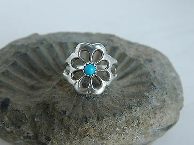 Native American Silver Turquoise Flower Ring Size 7.5