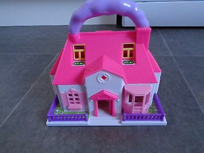 Hello Kitty Carry Along Mini House 6 Figures Accesories
