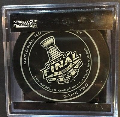 NHL Official Game 2 Puck NY Rangers vs la kings 2014 Stanley Cup In Case