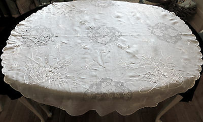 (#83) Vintage Antique Hand EMBROIDERED Lawn WHITE TABLECLOTH Round BUTTERFLIES