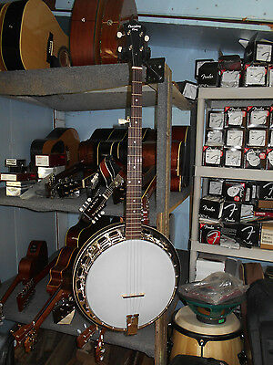 Recording King RKH-05 Dirty Thirties Resonator Banjo with Hard Shell Case