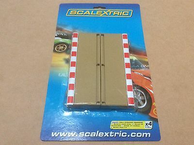 New 1:32 Scalextric Sport C8223 Half Straight Track Border And Fence x 4.