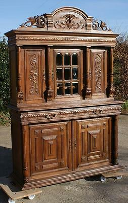 AN IMPOSING  LATE 19th CENTURY FRENCH HENRI II STYLE WALNUT BUFFET / DRESSER