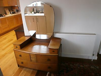 Beautiful Vintage Art deco dressing table, made by Stag