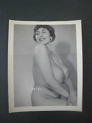Original 1950S 5X4 Pinup Photo..nude,risque ' Busty Beauty '  # 13..