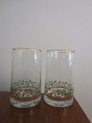 2 Arby's 1984 Holly And Berries Gold Trimmed Christmas Tumblers