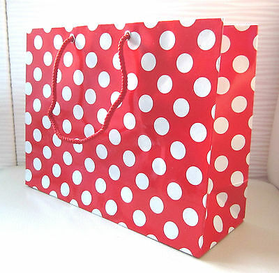 30 Red White Polka Dot Gift Carrier Loot Party Bags H20 X L30 X W10 Cm