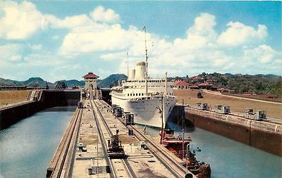 PANAMA CANAL - Tourist liner S.S. Kungsholm in Miraflores locks - 1950s postcard