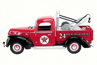 1940 Ford Tow Truck Texaco, Red - Texaco 0607R - 1/18 Scale Diecast Car