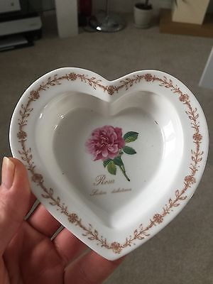 Royal Horticultural Society Queen's Bone China Redoutes Roses Heart Dish