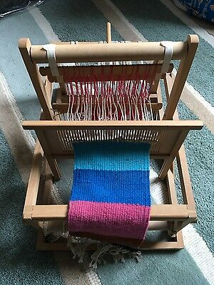 Weaving hand loom DIY wooden portable mini educational toy assembled with sample
