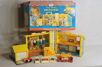 Vintage Fisher Price Little People Play Family House Set Complete #952 With Box!