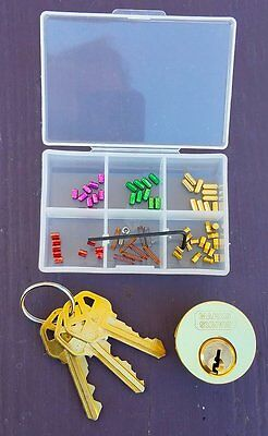 "Practice Lock - Kwikset ""Multi-Key"" with pinning kit and 3 different keys"
