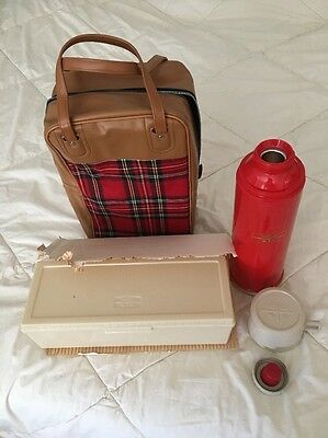 NEW Vintg Red Plaid Thermos Picnic Bag Travel Lunch Set King Seeley Sandwich Box