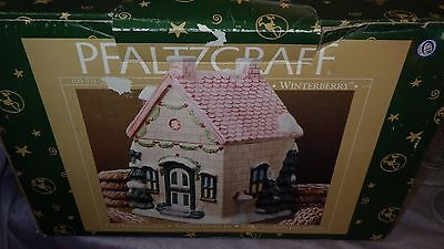 Pfaltzgraff Winterberry House Cookie Jar Sculpted porcelain canister NIB