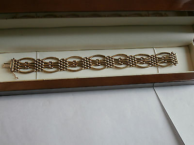 Solid and strong 9ct gold bracelet hallmarked