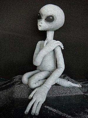 ALIEN DOLL, Handmade 2' Zeta Reticulan GREY ALIEN w/wire armature for posing.