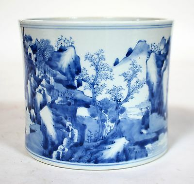 A Chinese Antique Blue And White Porcelain Brush Pot Kangxi Period