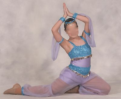 Genie style dance costume  6 pieces size adult small