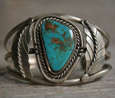 Outstanding Vintage Navajo Native Turquoise Sterling Silver Cuff Bracelet