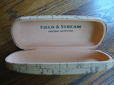 Field & Stream Original Outfitter Clamshell Hard Sunglasses Case GREAT CONDITION
