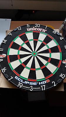Phil Taylor und Revery `` Russ Bray The Voice`` sighned Dartboard