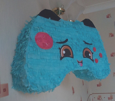 Shopkins connie controler pinata pull string birthday party  game, with conffeti