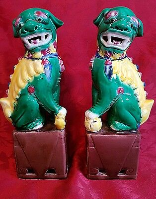 Vintage Pair Chinese Foo Dog Figures . Lion Dogs