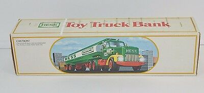 Hess Toy Truck Bank Light Up Box 1984