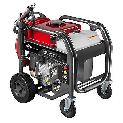 Briggs & Stratton 3100 MAX PSI / 2.8 MAX GPM Gas Pressure Washer 20541