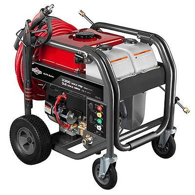 Briggs & Stratton 3300 MAX PSI / 3.2 MAX GPM Gas Pressure Washer 20542