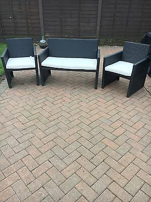 Rattan Garden Furniture 2 Seater Sofa And 2 Chairs