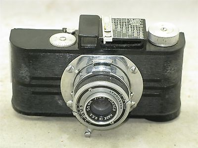 Argus A2B 35mm Film Camera  With Case