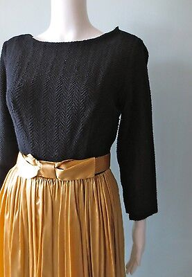 Vintage 1950 gold And Black Striped pin Up Dress Full Skirt