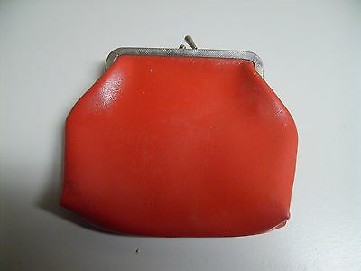 Vintage Red Vinyl Large Change Coin Purse Kiss Clasp Purse Accessory