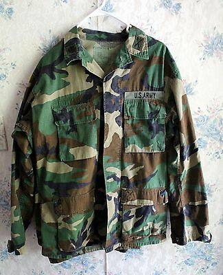 US Military Army Camo Uniform Jacket Shirt - Patch on Each Collar