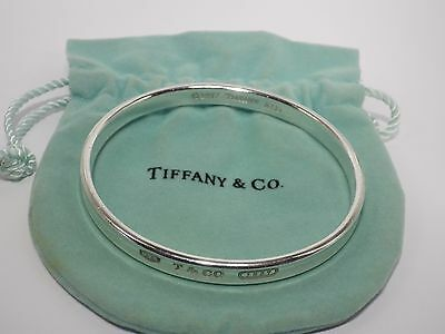 TIFFANY & Co. Sterling Silver 1837 Oval Bangle Bracelet