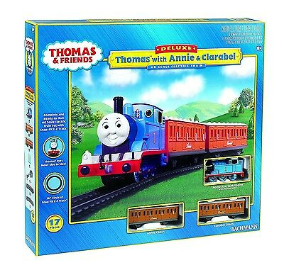 Thomas and Friends Thomas with Annie and Clarabel Train Set HO Bachmann New