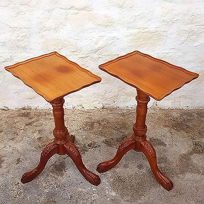 Pair of Georgian Style Mahogany Tripod Wine / Side Tables - Mid C20th (Antique)