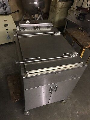 Belshaw Electric Donut Fryer Model618L