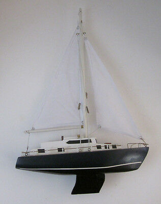 "Vintage Pond Yacht Model Sailboat 18"" x 12"" Inches"