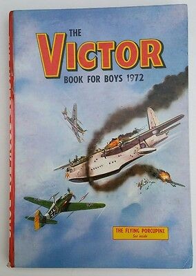 Vintage 1972 Victor Book for Boys Comic Book Annual