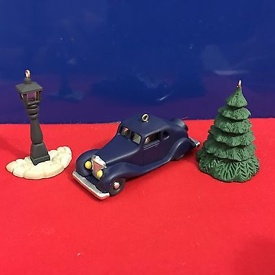 Hallmark Miniature Ornament Nostalgic Houses and Shops 1995 New