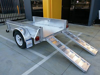 Aluminium box trailer 7x4 from Loadmaxx trailers