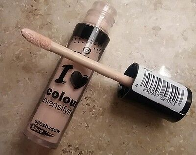Essence I Love Colour Intensifying Eyeshadow Base For More Intense Colors
