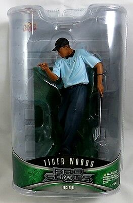 Upper Deck Pro Shots Tiger Woods pointing to ground 6 inch action figure