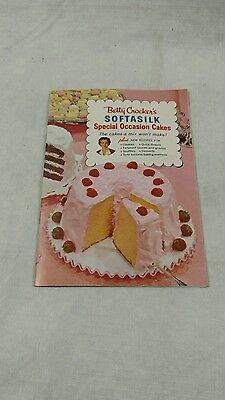 1957 Betty Crocker Softasilk Cake Recipe Book